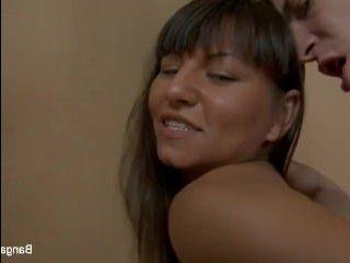Красивый русский молодёжный анальный секс с брюнеткой