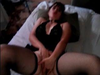 Красивый секс дома по-русски с шикарной брюнеткой