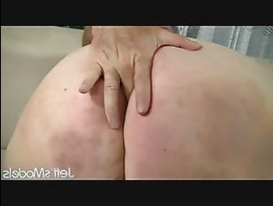 Русская жирная голая девка сосет и трахается с дядей по полной