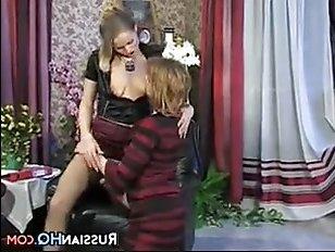 Отлично трахаются русские лесбиянки - порно hd