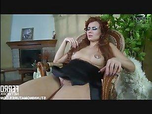 Порно: с русской сучкой трахнулся в пизду электрик