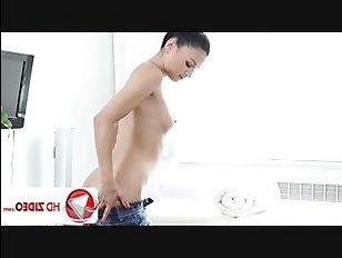 Порно: русская сучка пришла на массаж, а получила классный трах